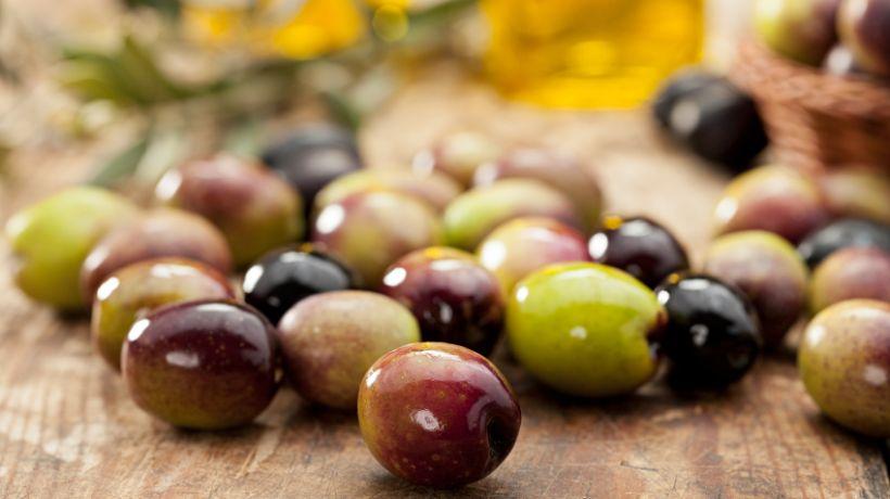 blähende lebensmittel oliven.jpeg