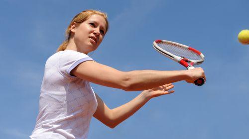Tennisarm: Woher kommt der schmerzende Ellenbogen?